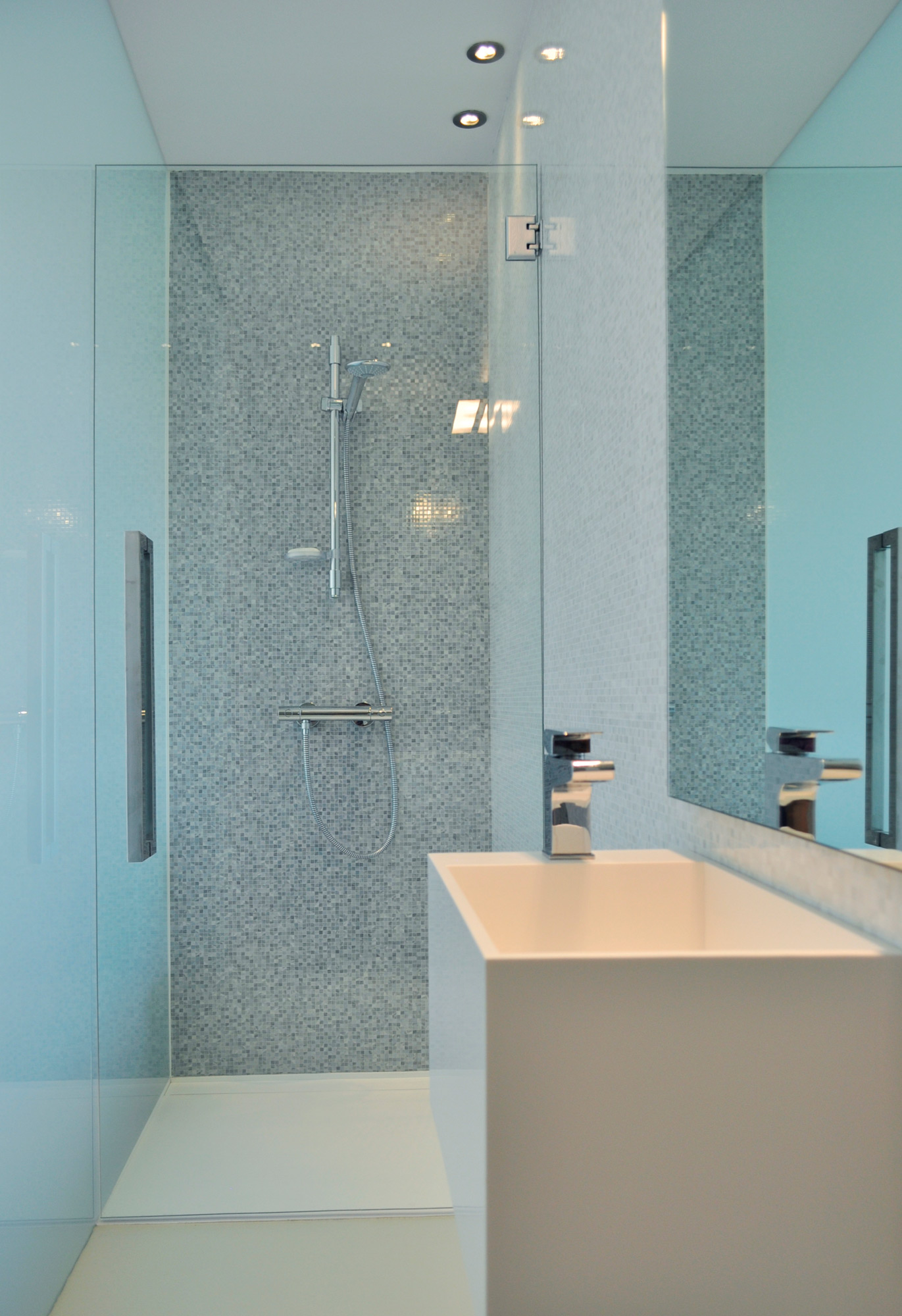 Fine materials for a luxury bathroom rardo architects - Arquitecto sitges ...