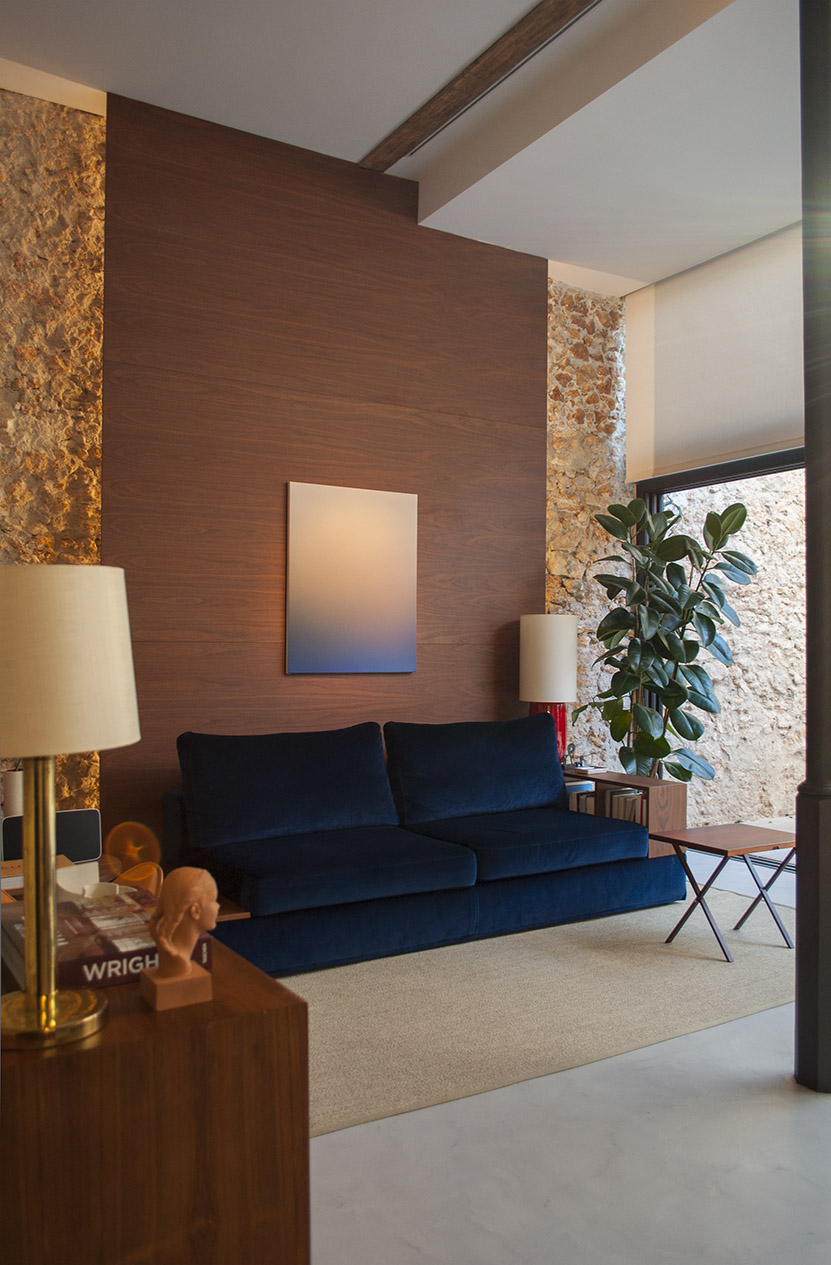 21-arquitectos-barcelona-sitges-casas-renovacion-salon-arte