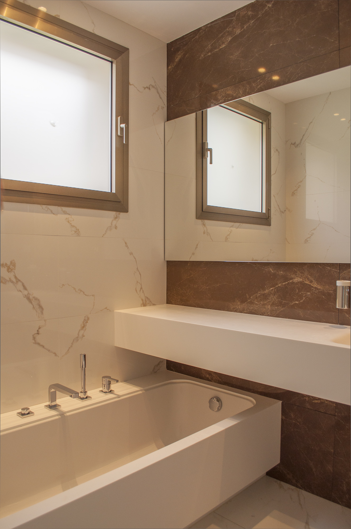24-rardo-architects-houses-in-sitges-bath-room-marble-faucet-tap-basin