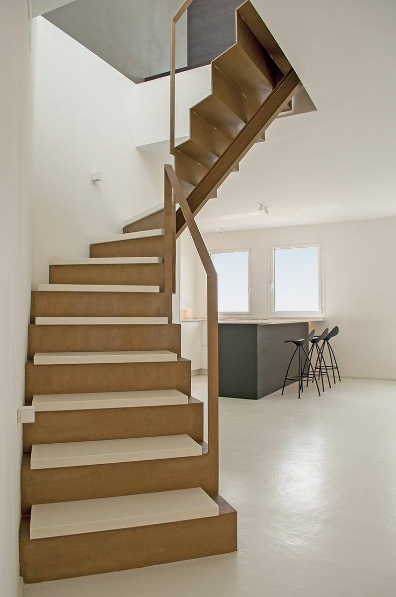 stairs-rardo-achitects-arquitectos-seashore-sitges-barcelona-wood-kitchen-steel