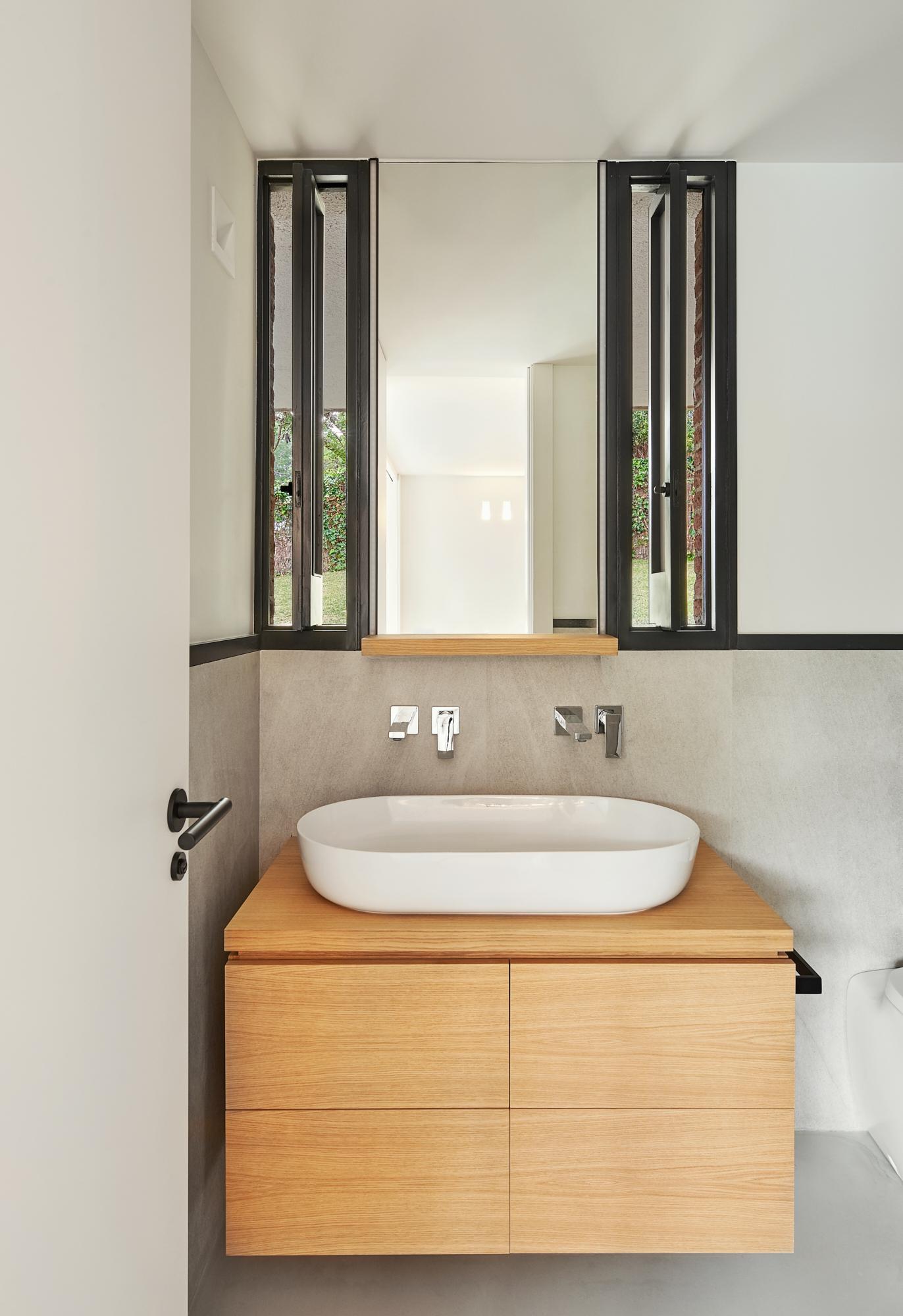 arquitectos en barcelona sitges full refurbishment single storie house in valpineda I